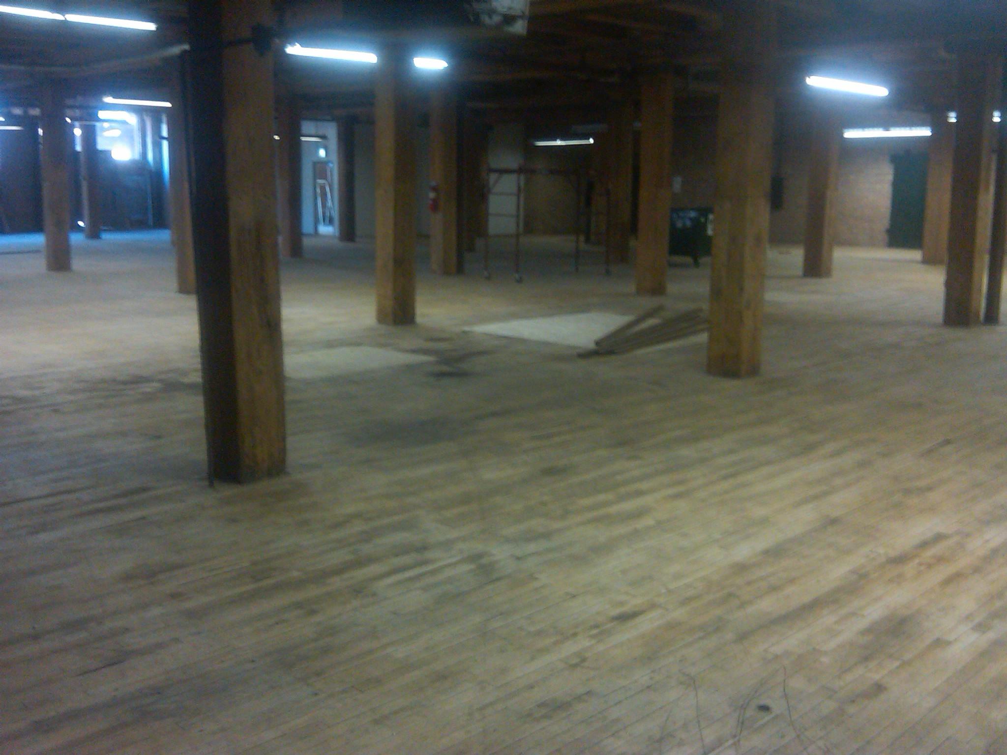 South side chicago warehouse maple hardwood floor for Flooring chicago