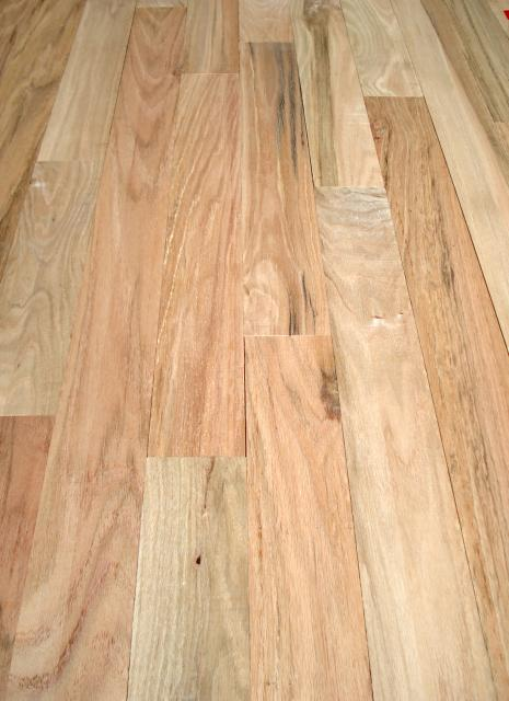 Henry county hardwoods unfinished solid red oak hardwood for Unfinished hardwood floors