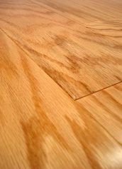 LW Mountain Hardwood Floors Red Oak Natural One Strip Click Engineered Hardwood Flooring 125 mm Wide