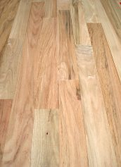 Henry County Hardwoods Unfinished Solid Red Oak Hardwood Flooring #2 Common 3/4 Inch Thick x 3 1/4 Inch Wide