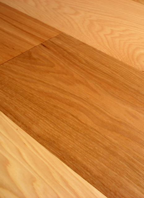 Owens flooring 3 inch hickory 1 common and better grade for Square hardwood flooring
